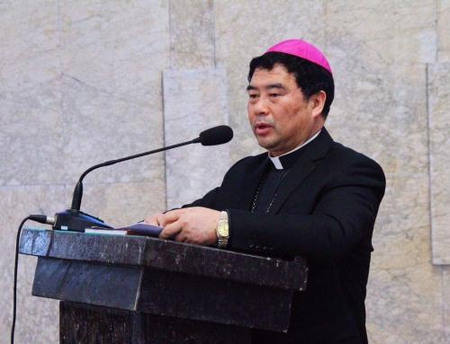 """Sacerdote cinese preso dalla polizia perché non vuole firmare l'adesione alla """"Chiesa indipendente"""" gestita dal Partito Comunista Cinese"""