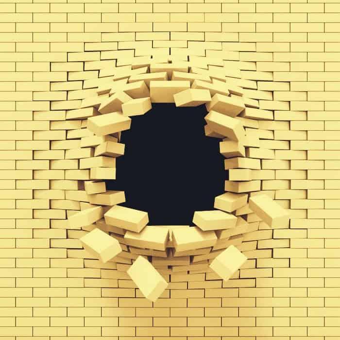 Foto: muro sfondato