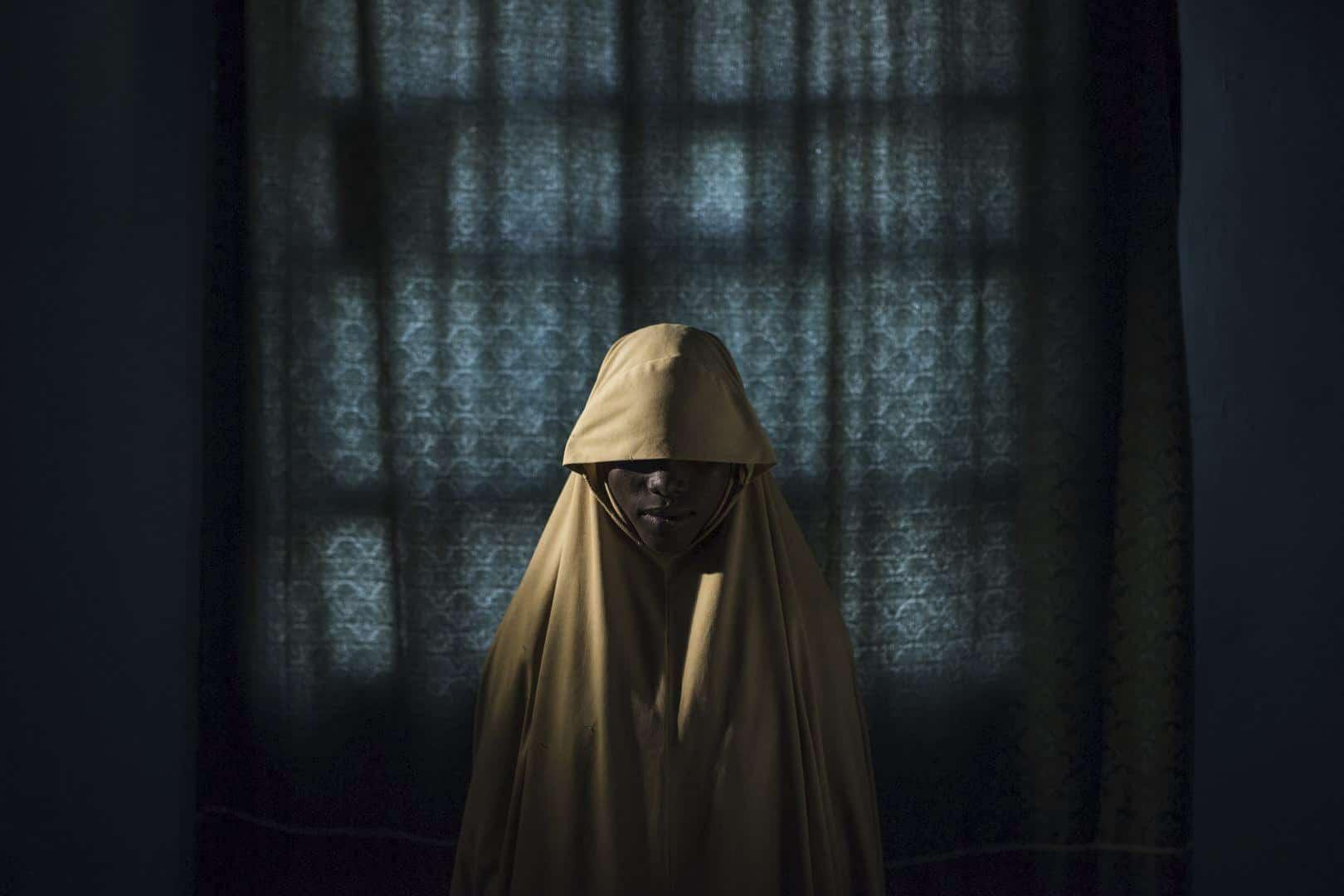Foto: Adam Ferguson - Ragazza rapita per obbligarla ad un attentato suicida (The New York Times)