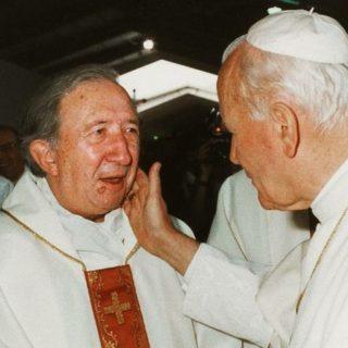 GIUSSANI: PROPORRE CRISTO SENZA GIUNGERE A UN'ETICA? NON SI COMPRENDE IL FATTO CRISTIANO!