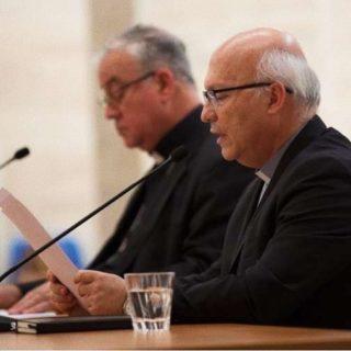 OGNI VESCOVO CILENO PRESENTE A ROMA SI E' DIMESSO
