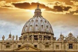 Caso McCarrick, perché il Vaticano non collabora?