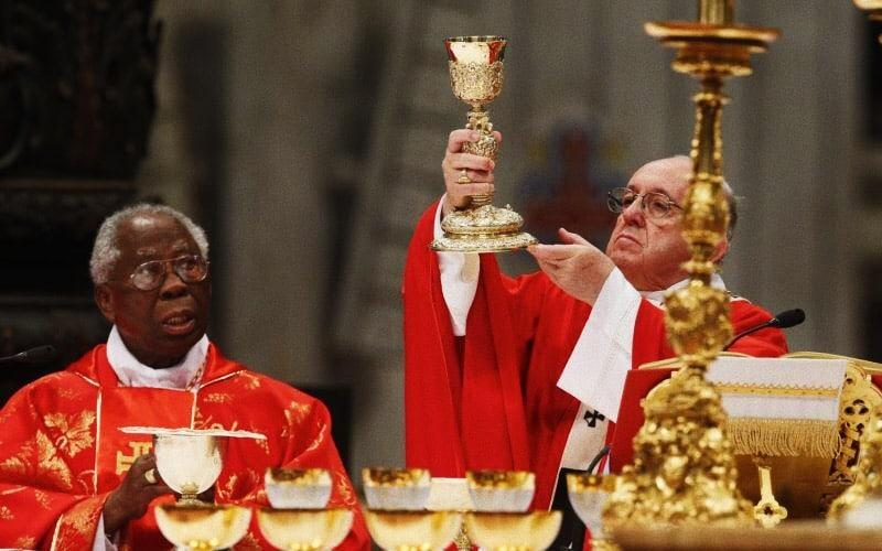 Foto: Card. Arinze e papa Francesco
