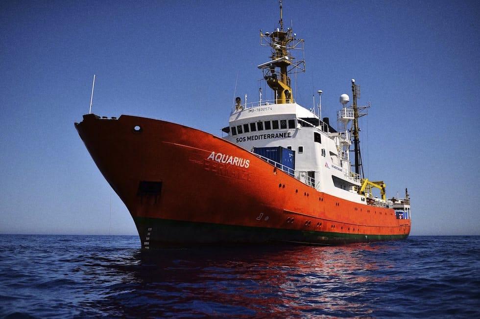 foto: nave Acquarius che ha raccolto i migranti
