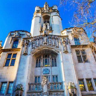 Medici e famiglie nel Regno Unito possono ora rimuovere il supporto vitale senza autorizzazione tribunale