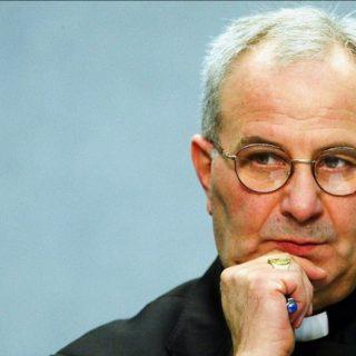 Mons. Crepaldi: senza la dimensione pubblica della fede, essa diventa una gnosi individuale