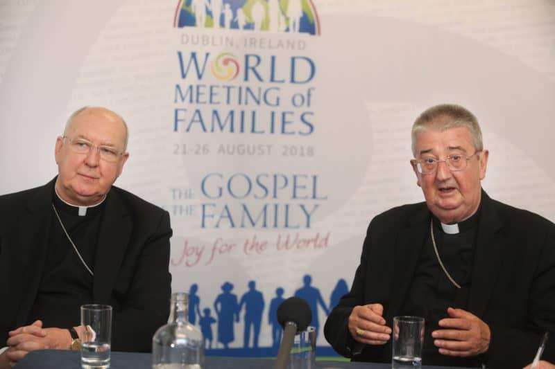 Foto: card. KEVIN FARRELL (sulla sinistra) per la preparazione Incontro Mondiale delle Famiglie 2018