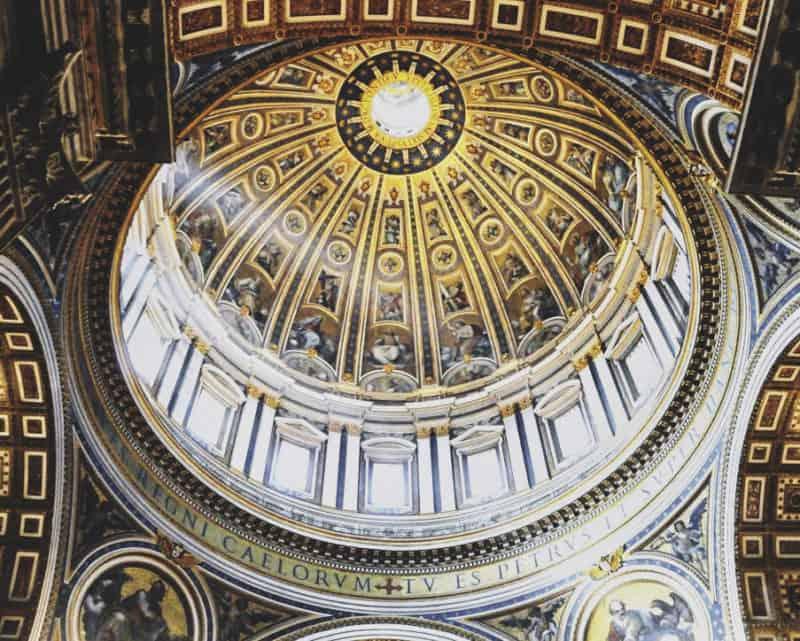 Foto: Il tamburo interno della cupola della Basilica di San Pietro