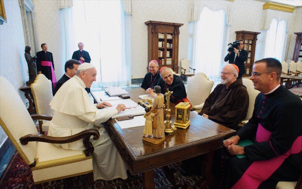 Foto: papa incontra responsabili Conferenza vescovi USA 13.9.2018 (CNS Photo/Vatican media)