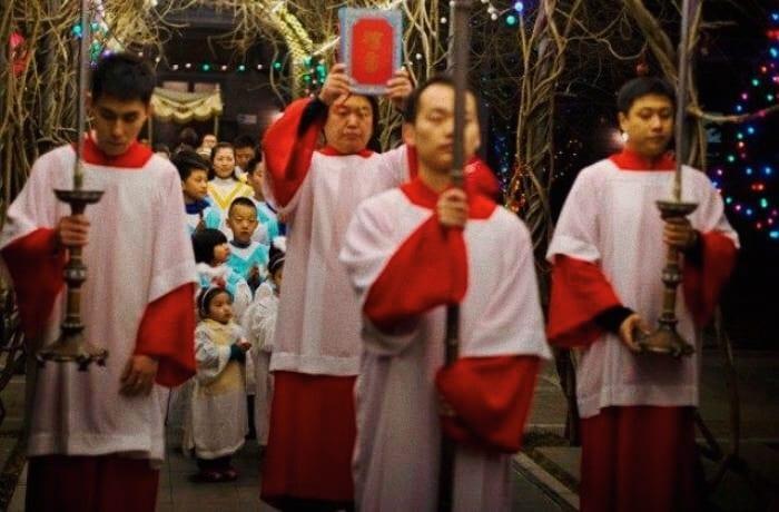 Foto: processione in Cina