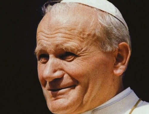 """Papa San Giovanni Paolo II: """"Occorre superare quella frattura tra Vangelo e cultura, ma senza appiattire la verità cristiana"""""""