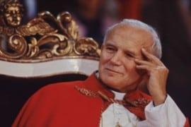 """Papa San Giovanni Paolo II: """"Non abbiate paura! Aprite, anzi, spalancate le porte a Cristo!"""""""
