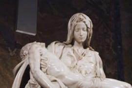 La nuova, splendida, illuminazione della Pietà di Michelangelo