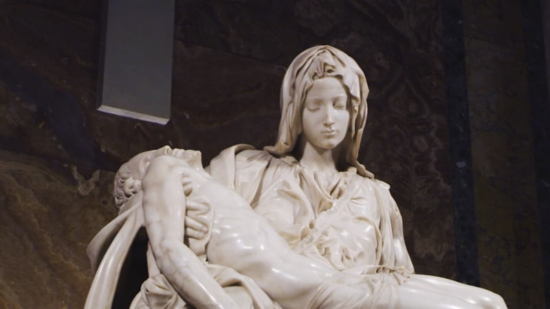 Foto: particolare della Pietà di Michelangelo