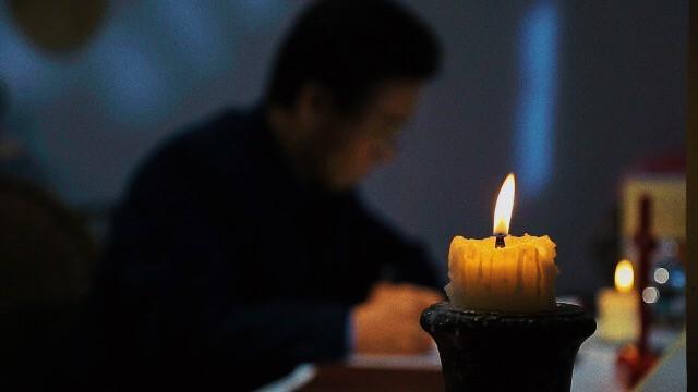 Foto: sacerdote cattolico in Cina