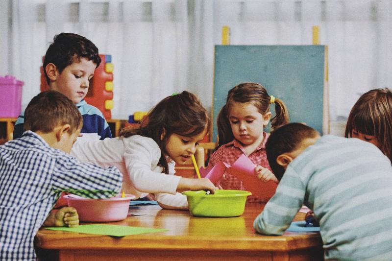 foto: bambini in classe