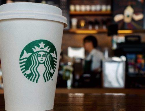 """Mentre si parla di """"Porno per bambini"""", Starbucks e Tumblr hanno vietato il porno sul Wi-Fi nei loro stores"""