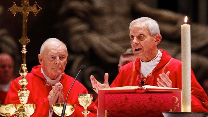 Card. McCarrick (sinistra) e card. Wuerl (destra)