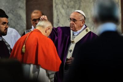 Roma, 18 febbraio 2015: Papa Francesco presiede la celebrazione dell'Eucaristia con il rito di benedizione e di imposizione delle ceneri.