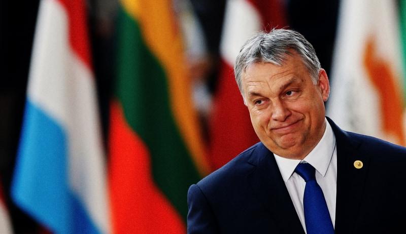Viktor Orban (Foto REUTERS/Francois Lenoir)