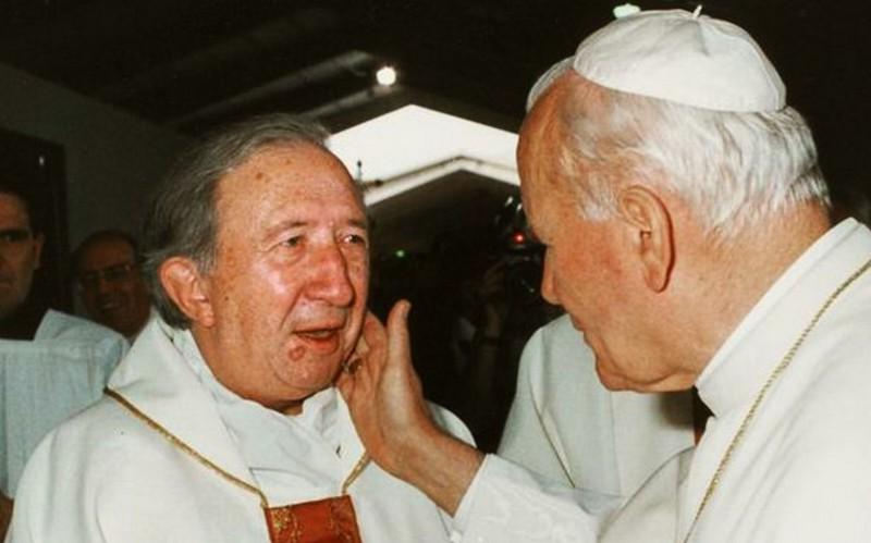 Foto: don Giussani e papa Giovanni Paolo II