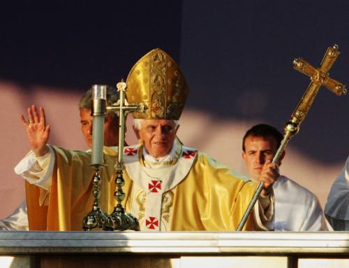 """Papa Benedetto XVI: """"Non abbiate paura del mondo, né del futuro, né della vostra debolezza"""""""