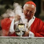 Papa Francesco ha accettato le dimissioni del cardinale cileno Ricardo Ezzati in seguito ad accuse di insabbiamento relative a abusi sessuali
