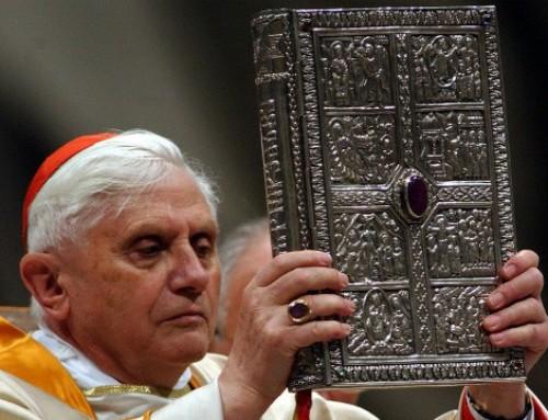 """Card. Ratzinger: """"è così importante che esistano minoranze convinte: uomini che nell'incontro con Cristo abbiamo trovato la perla preziosa che dà valore a tutta la vita"""""""