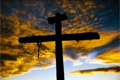 Croce senza Gesù Cristo