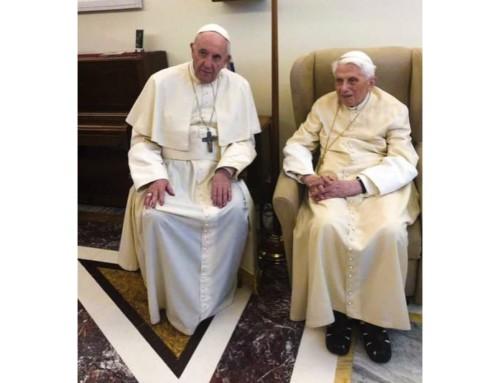 """Murzaku: """"Benedetto, come un buon nonno e un buon vescovo, sta tramandando la Fede"""""""