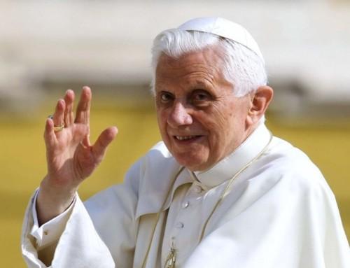 """Benedetto XVI: """"Una Chiesa che si fa da sé non può costituire una speranza"""""""
