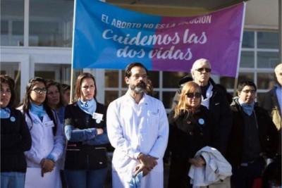 Dr. Leandro Rodríguez Lastra, uno specialista in ginecologia ed ostetricia in Argentina