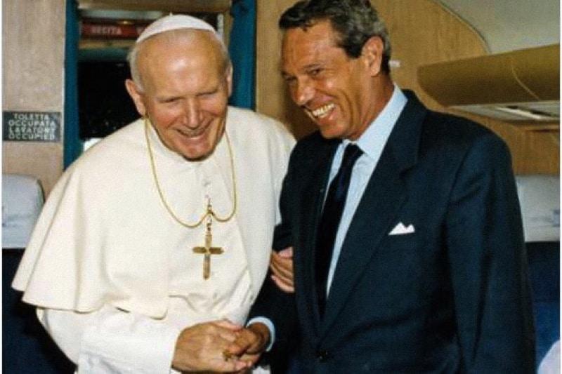 Papa Giovanni Paolo II ed il suo portavoce Joaquin Navarro Valls