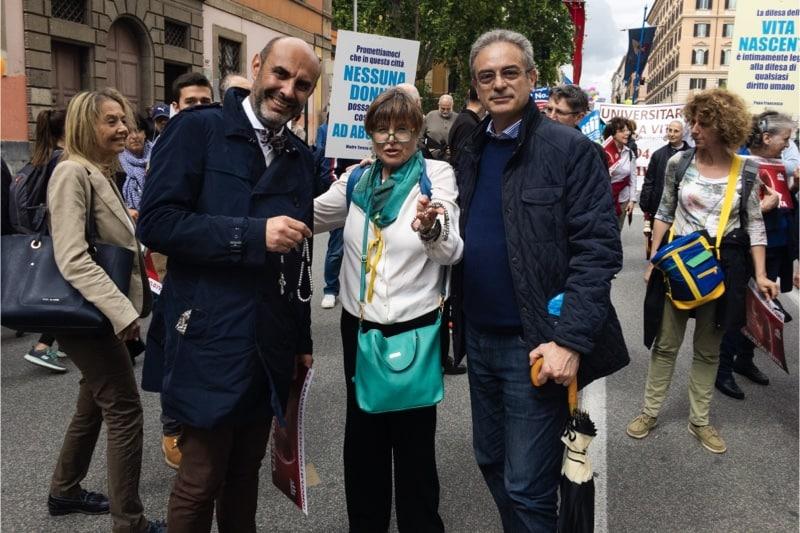 Marcia per la vita 2019, Roma, il senatore avv. Simone Pillon, la dott.ssa Silvana De Mari e Sabino Paciolla