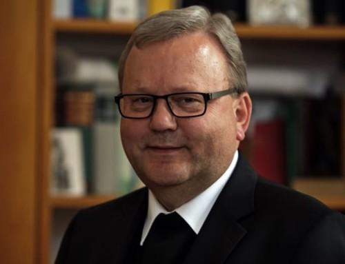 """Il vicepresidente dei vescovi tedeschi si aspetta che il sinodo amazzonico proponga sacerdoti sposati """"con lavoro civile"""""""