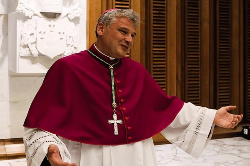 L'elemosiniere di Papa Francesco, il cardinale Konrad Krajewski