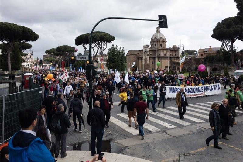 Marcia per la vita 2019, Roma,il corteo mentre arriva al palco