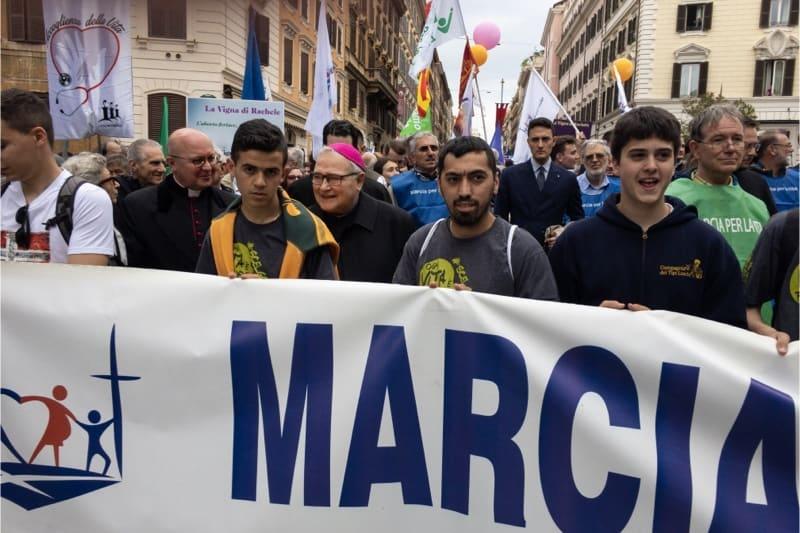 Marcia per la vita 2019, Roma, mons. Luigi Negri