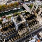 """Mons. Aupetit: Notre Dame non è stata costruita perché fosse un """"gioiello"""", ma per """"un pezzo di pane"""", il pane che i cattolici credono sia il """"Corpo di Cristo"""""""