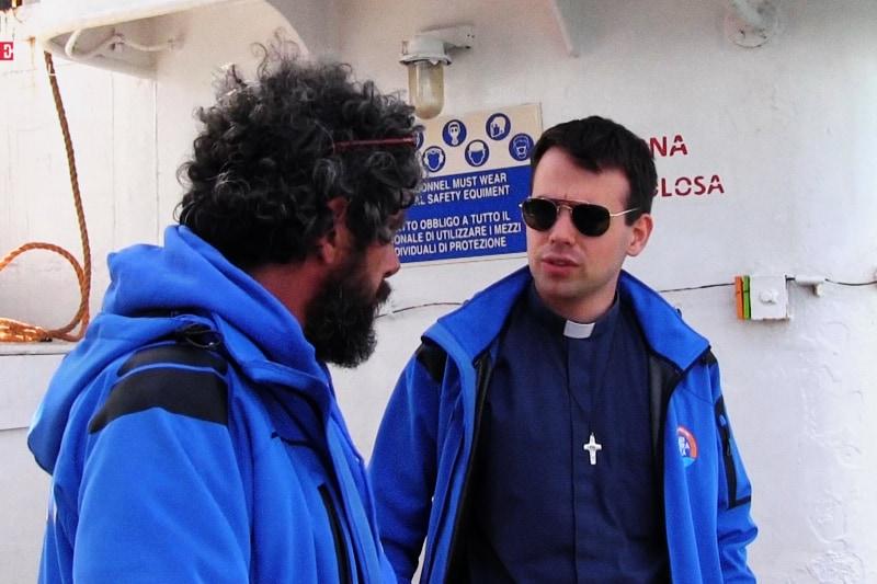 don Mattia Ferrari a bordo della nave Mare Jonio, della ong Mediterranea