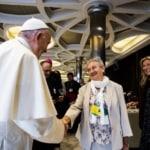 Suor Berzosa, nominata membro dell'Ufficio dei vescovi, dice che il sacerdozio femminile arriverà