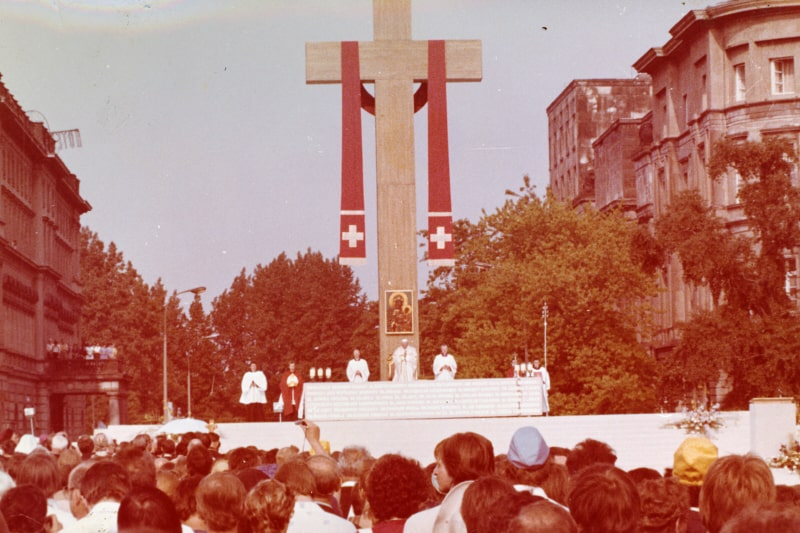 Giovanni Paolo II omelia del 02 giugno 1979 in Piazza della Vittoria a Varsavia, Polonia