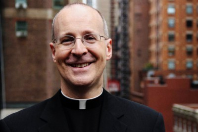 Padre Jame Martin, gesuita