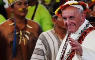 Papa Francesco e il Sinodo dell'Amazzonia (foto AFP)