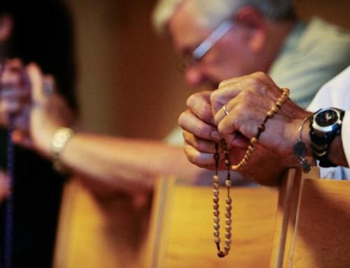 Preghiera in riparazione per il mese dell'Orgoglio Gay