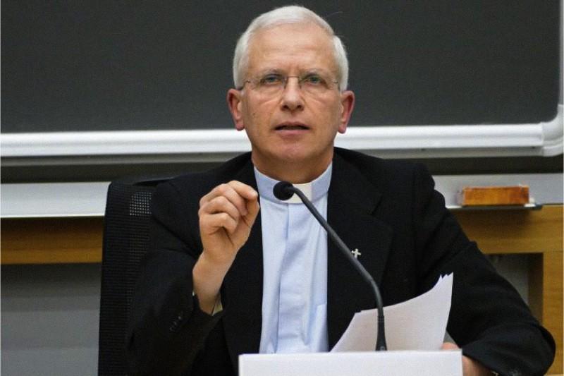 E' ufficiale: dentro don Maurizio Chiodi e don Pier Davide Guenzi, fuori mons. Livio Melina, padre José Noriega et altri