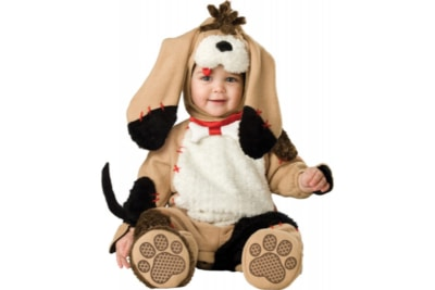Bambino vestito a cucciolo di cane