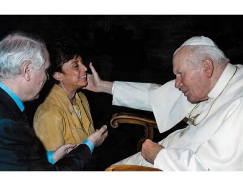 Video: Paola Bonzi, testimonianza davanti alla Basilica di Santa Chiara ad Assisi