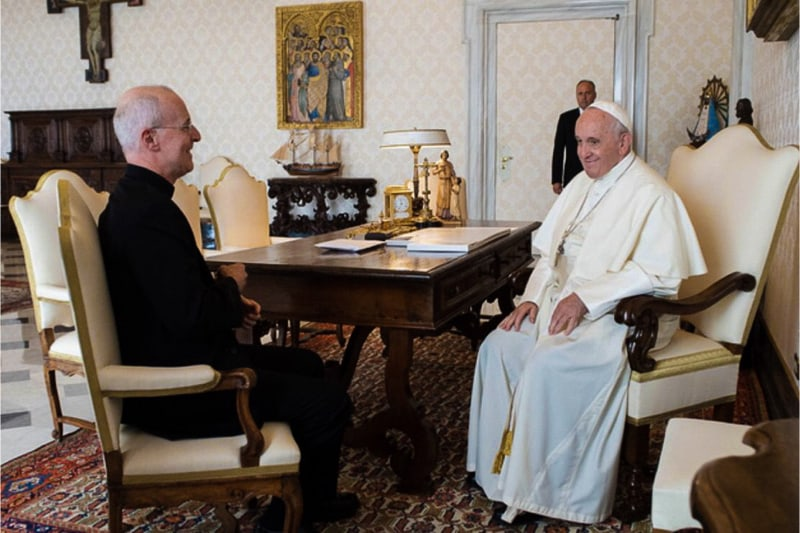 Papa Francesco incontra padre James Martin il 30.09.2019
