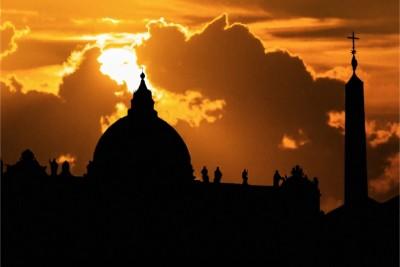 ATTENZIONE FOTO CON LINK A FILM Basilica di San Pietro a Roma